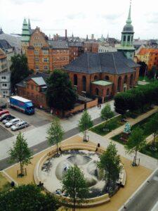 EVA KOCH: The Wheel, Sankt Annæ Plads, København, 2017